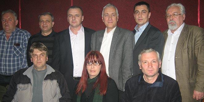 IZBORI 2014: DSS se protivi prodaji zemlje strancima
