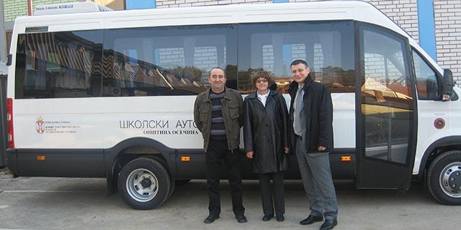 MINISTARSTVO PROSVETE: Minibus kao donacija