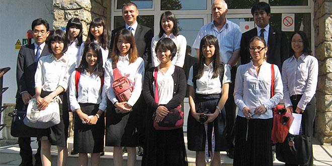 PRE ZVANIČNOG OTVARANJA SAJMA: Prvi gosti iz – Japana