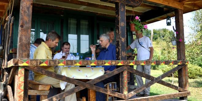 Пријаве за оцењивање ракија на Сајму шљива 2013