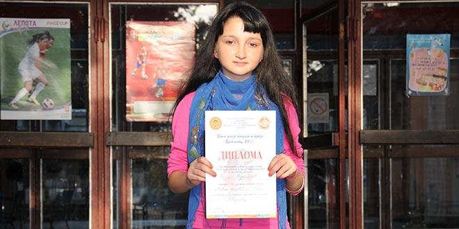 """На """"Данима дечје поезије и прозе"""" у Драгинцу награђена ученица из Пецке"""