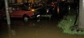НА ВИШЕ МЕСТА У СЛИВУ ЈАДРА: Поплава!!!