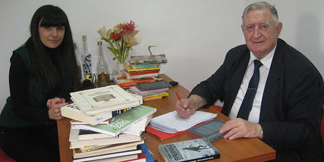 АРХ. РИСТО АНЂЕЛОПОЛИЋ: Школи и библиотеци сто књига на поклон
