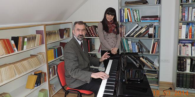 НБО: Стигао електрични клавир