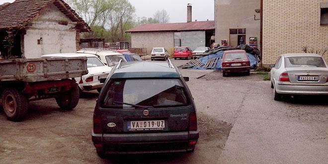 ОСЕЧИНА: Паркирање као у великом граду