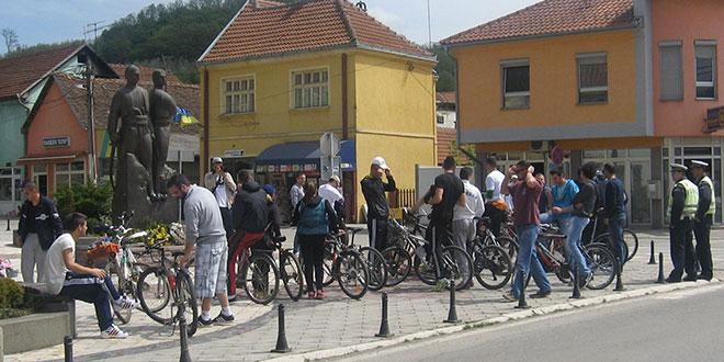"""ЗАВРШЕН ПРОЈЕКАТ """"ВОЖЊА КОЈА ЋЕ ПРОМЕНИТИ"""": Промоција бициклистичке стазе"""