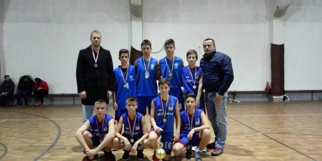 """Pioniri košarkaškog kluba """"Osečina"""" trijumfovali na turniru u Bijeljini"""